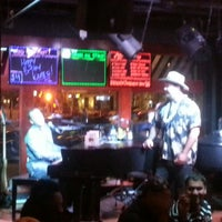Photo taken at Mojo's Dueling Piano Bar by Mike R. on 10/27/2013