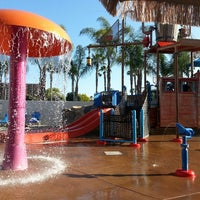 Photo taken at Howard Johnson Anaheim Hotel and Water Playground by Robert J. on 4/20/2013