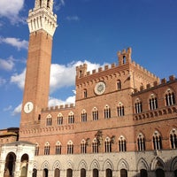 Photo taken at Piazza del Campo by Arturo C. on 4/5/2013