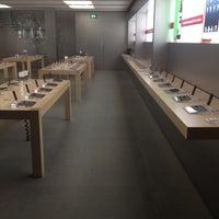 Das Foto wurde bei Apple Rosenstraße von Kirill A. am 12/15/2012 aufgenommen