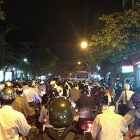 Photo taken at Ngã Tư Trần Đại Nghĩa - Đại La by Người Việt X. on 11/23/2012