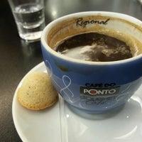 Photo taken at Café do Ponto by Frederico B. on 4/11/2013