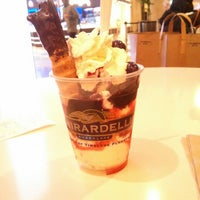 Photo taken at Ghirardelli On-The-Go by Cecília M. on 2/26/2013