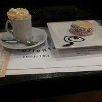 Photo taken at Café Caliente by Jeferson S. on 4/4/2013