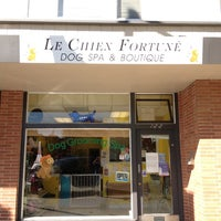 Photo taken at Le Chien Fortune Dog Grooming Spa by TerriAnn v. on 10/17/2012