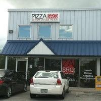 Photo taken at PizzaSRQ by Bennie T. on 8/18/2011
