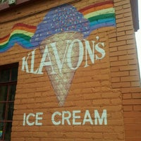 Photo taken at Klavon's Ice Cream Parlor by uncapd on 10/10/2011