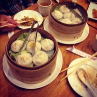Photo taken at Nan Xiang Xiao Long Bao by Lisa L. on 12/16/2012