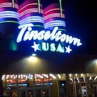 Photo taken at Cinemark Tinseltown by Yussell E. on 6/3/2013