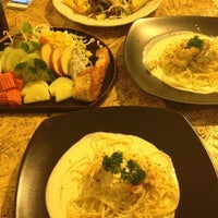 Photo taken at Steak - Kun,bangsean,chonburi by Thanatorn K. on 10/16/2013