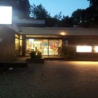 Photo taken at Bruno-Lösche-Bibliothek by Thomas W. on 9/19/2012