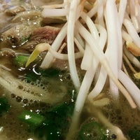 Photo taken at Xe Lua Vietnamese Cuisine 火車頭 by Andrew C. on 11/13/2013