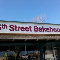 Photo taken at 5th Street Bakehouse by Mia S. on 2/3/2013