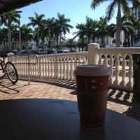 Photo taken at Starbucks by Cesar L. on 11/21/2012