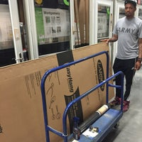 Photo taken at Lowe's Home Improvement by Avon W. on 5/1/2016