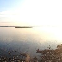 Снимок сделан в Набережная залива Параниха пользователем Lera B. 7/2/2013