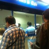 Das Foto wurde bei Banco De Chile von Valeska F. am 12/2/2012 aufgenommen