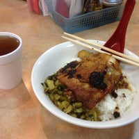 Photo taken at Taiwan Pork Chop House 臺灣武昌好味道 by Kendrick L. on 8/1/2013