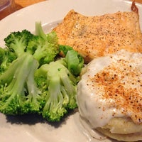 Photo taken at Chili's Grill & Bar by Lawrence W. on 8/3/2014