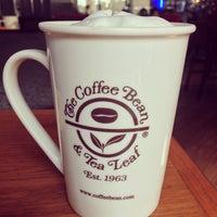 Photo taken at The Coffee Bean & Tea Leaf by Brigette Niña A. on 9/21/2013