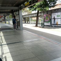 Photo taken at TransMilenio: Héroes by oscar R. on 9/23/2012