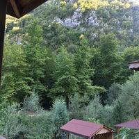 Photo taken at Yeşil Vadi Restaurant by Zafer O. on 8/6/2016