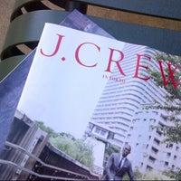 Photo taken at J.Crew by INTLSILKK on 9/19/2012