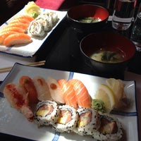 Photo taken at Raw Sushi & Grill by Ronny C. on 6/28/2013