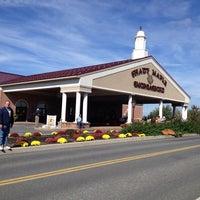 Photo taken at Shady Maple Smorgasbord by Diane J. on 10/14/2013