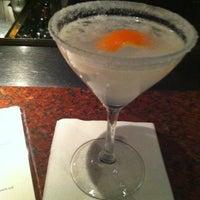 Photo taken at Houston's Restaurant by Lauren F. on 12/3/2012