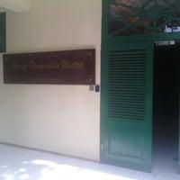 Photo taken at Museum Tekstil by Qatrinnadya P. on 10/18/2014