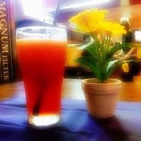 Photo taken at Black Canyon Coffee by Adie A. I. on 5/9/2013