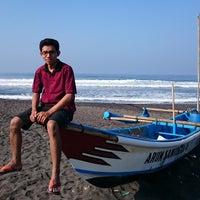 Photo taken at Pantai Ketawang by Diyan K. on 7/26/2015