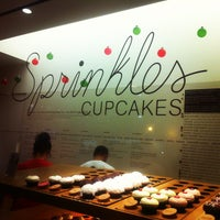 Photo taken at Sprinkles Cupcakes by Ashley B. on 12/23/2012