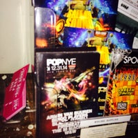 Photo taken at Midtown BarFly by PLUR A. on 10/12/2014