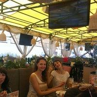 Photo taken at Сухаревка Beer by Dmitry N. on 6/29/2013