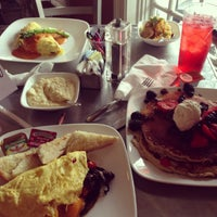 Photo taken at Gott Gourmet Café by Tanisha W. on 12/24/2012