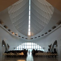 Photo taken at Milwaukee Art Museum by Elena on 9/16/2012