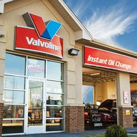 Photo taken at Valvoline Instant Oil Change by Corporate VIOC M. on 12/17/2016