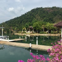 Photo taken at Koh Chang Resort And Spa by Pufelka on 1/8/2015