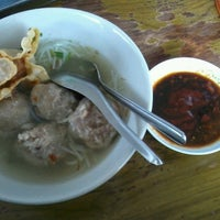 Photo taken at Bakso Mburi Pos by Cintya R. on 1/13/2014