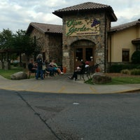 Photo taken at Olive Garden by Jim T. on 9/18/2016