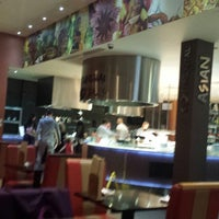 Photo taken at Jimmy's World Kitchen Buffet and Bar by Martin H. on 3/15/2014