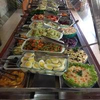Photo taken at Restaurante Apetito by Fábio V. on 9/25/2013