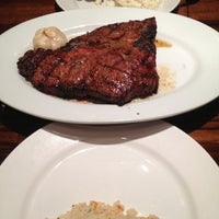 Photo taken at LongHorn Steakhouse by Jason T. on 4/21/2013