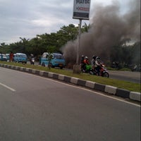 Photo taken at Jalan Urip Sumoharjo by Chakke Shake B. on 6/14/2013