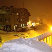 Photo taken at Genç Yazıcı Hotel by F A T E N on 1/26/2013