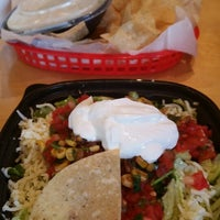 Photo taken at Willy's Mexicana Grill #20 by Klepto v. on 10/11/2014