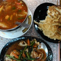 Photo taken at Restoran Satay Anika by NFatin Syuhada T. on 2/23/2014
