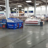 Photo taken at Sam's Club by Robert on 1/5/2014